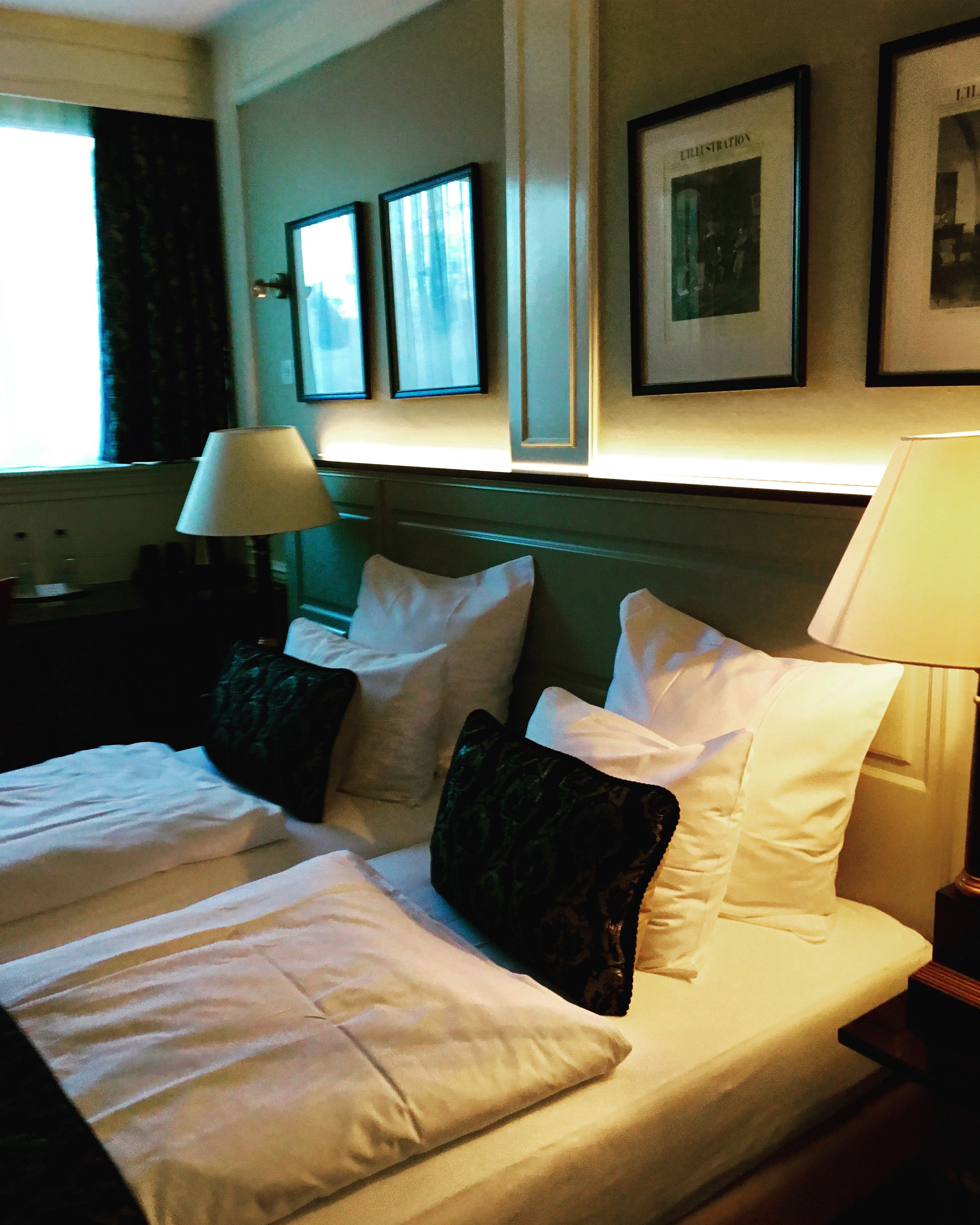 Travelott Amsterdam Apollo Hotel